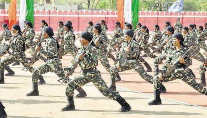 'নারীরা পোশাক বদলাতে গেলে ভারতীয় জওয়ানরা উঁকি দেন'