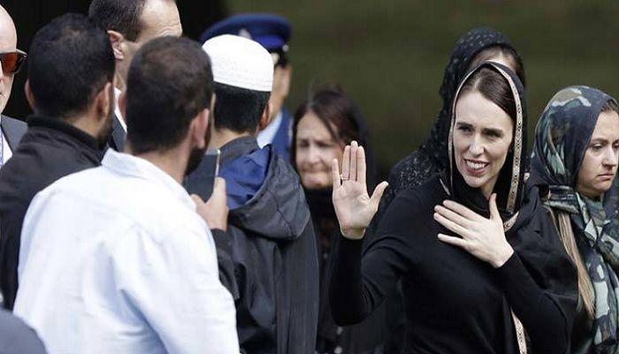 মুসলিমদের হৃদয় জয় করলেন নিউজিল্যান্ডের প্রধানমন্ত্রী