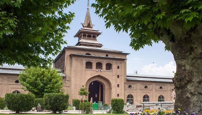 কাশ্মীরের জামা মসজিদের গেটে তালা দিল ভারত সরকার