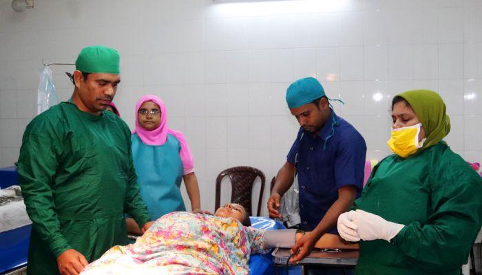 গুরুদাসপুরে এমপির উদ্যোগে বিনামূল্যে অপারেশন চালু