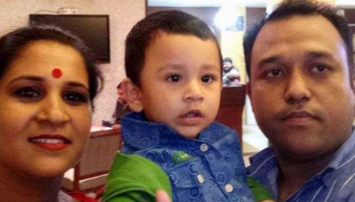 ইস্কাটনে অগ্নিকাণ্ড: স্ত্রী-সন্তানের পর চলে গেলেন রনিও