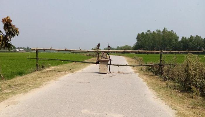 ফুলবাড়ীতে রাতের অন্ধকারে ঢাকা-নারায়ণগঞ্জ থেকে আসছে গার্মেন্টস কর্মি