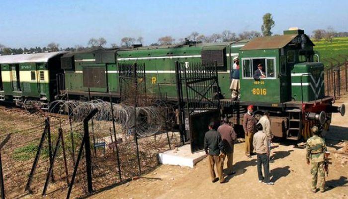 সমঝোতা এক্সপ্রেস বন্ধ করে দিল পাকিস্তান