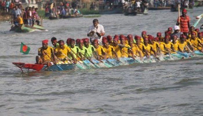 রামুতে ঐতিহ্যবাহি নৌকাবাইচ