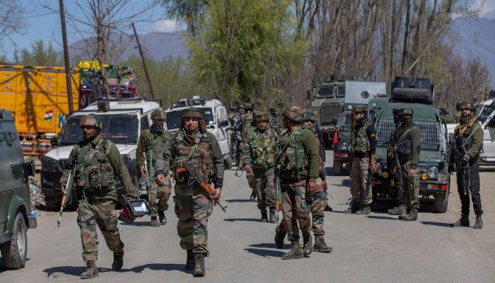 উত্তপ্ত কাশ্মীর, গোলাগুলিতে নিহত ৫ ভারতীয় সেনা